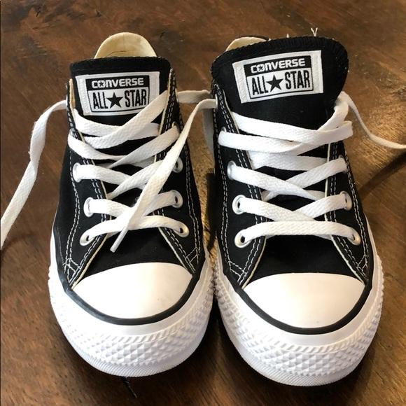 Converse Shoes - Converse black women's size 6